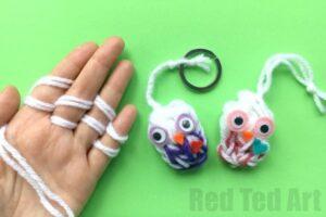 finger knitting owl