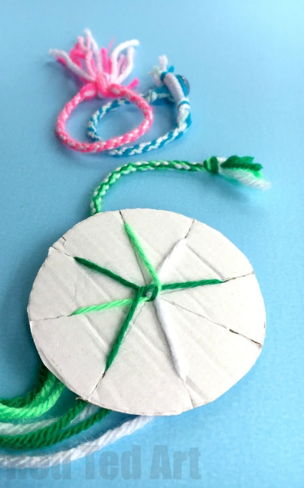 How to make Friendship Bracelets with a Cardboard Loom - easy yarn bracelets for kids. Great for road trips and summer camps!
