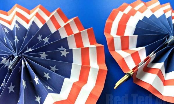 4th of July DIY Paper Fans Template – Summer Paper Crafts