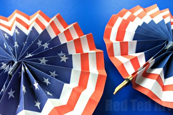 4th of July Fans and Rosettes - Patriotic Paper Crafts