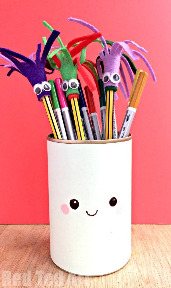Monster Pencil Toppers - Learn how to make felt pencil toppers - these are super duper quick and easy felt pencil toppers, making them ideal as classroom gifts. My kids adore them and just want to make more and more and more. 5 minute craft for back to school. Perfect. The cute Monster theme is also perfect as a Halloween Party Favour.