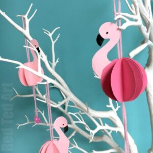 How to make a paper bauble