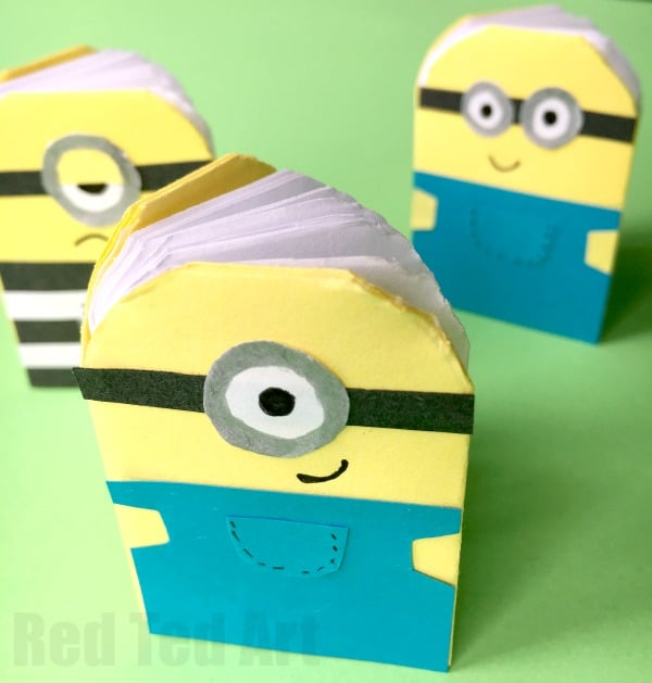 how to make paper minions