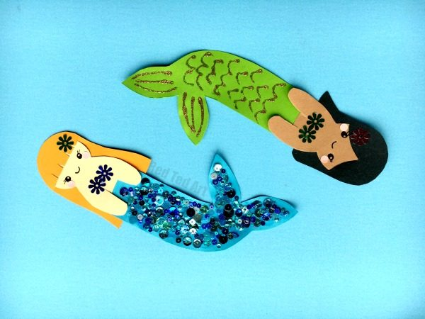 Mermaid Bookmark DIY - if you love Hug a Book Bookmarks as much as we do, you will adore these DARLING Kawaii Mermaid Bookmark Diys. Let your cute Mermaids Hug your Book and keep your place safe. Either make your mermaid bookmark from scratch or use our handy and free mermaid templates! Happy Bookmark making!