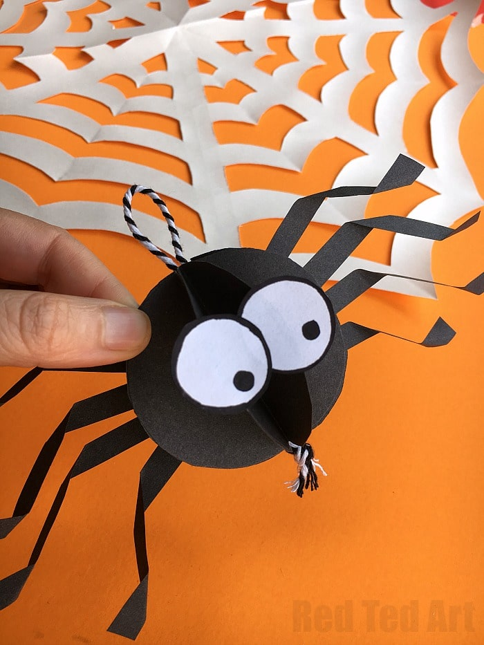 How To Cut A Spider Out Of Paper Step By Instructions