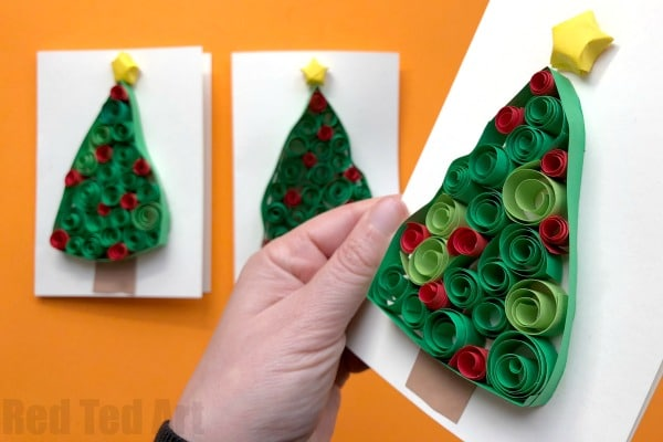 quilled christmas tree cards red ted art 39 s blog. Black Bedroom Furniture Sets. Home Design Ideas