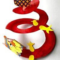 Paper Plate Dragon Twirler