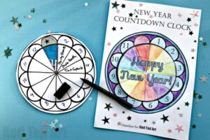 New Year's Eve Party Hat Printables - Use the templates to decorate your own or choose from our ready made party hats. Such a fun New Year's Eve Printable and activity for kids. The template can be used for any diy Party too! #newyears #newyearseve #party #partyhats #printable #templates #kids #newyearseve2018