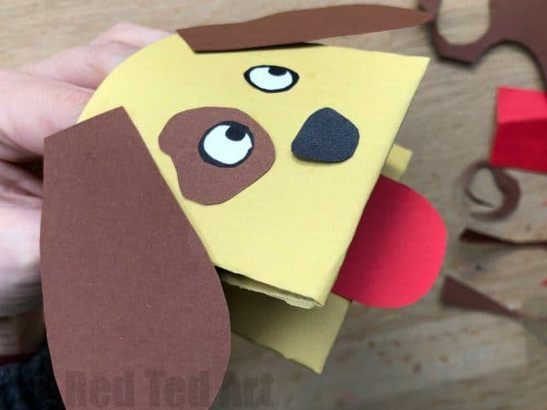 Easy Arts And Crafts Using Construction Paper