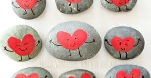 Easy finger print heart rocks