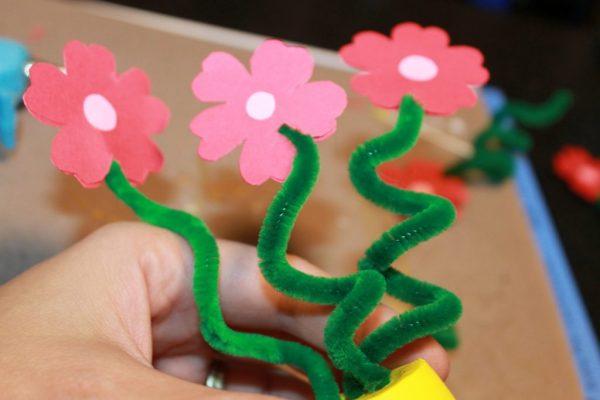 Assembling Your Flower Bouquet Craft