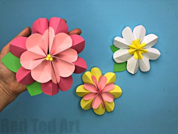 Easy 3d paper flowers for spring red ted arts blog easy 3d paper flowers for spring we love paper crafts and these easy diy mightylinksfo Images
