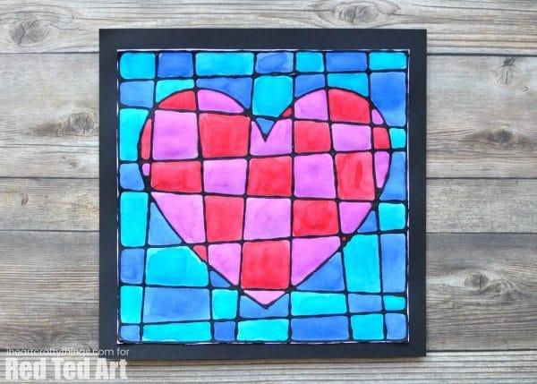 Little Bit Funky: 40 ideas Num 16 - Cardboard Art! |Heart Art Projects