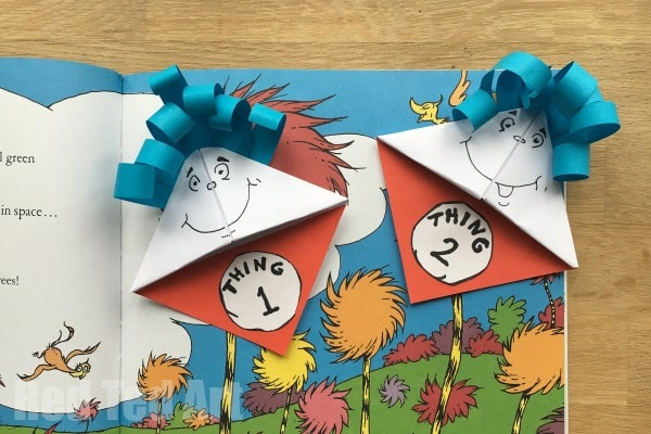 Dr. Seuss Bookmarks. Make these super fun and easy Thing 1 & Thing 2 Corner Bookmark Designs. The perfect Dr. Seuss craft for Dr. Seuss's birthday! #bookmarks #cornerbookmarks #drseuss #drseusscrafts #papercrafts