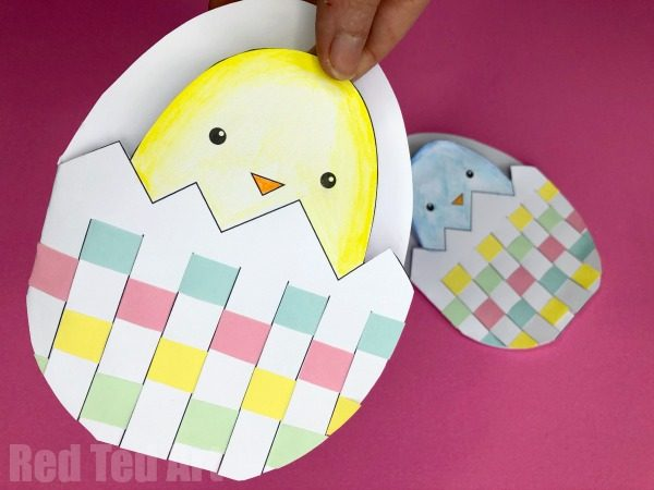 Finished printable easter chick card (woven egg)