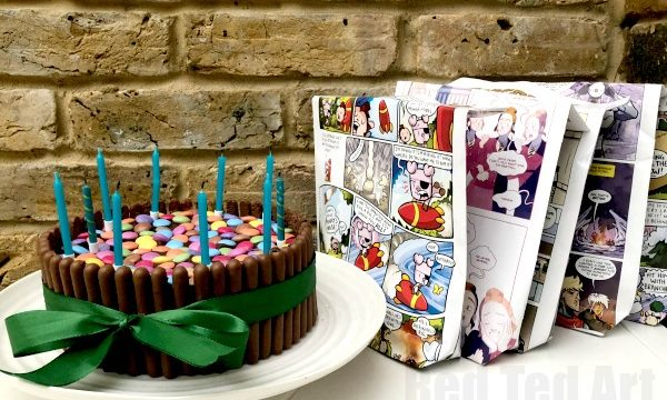 DIY Party Bags from UpCycled Comics