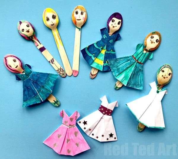 DIY Wooden Spoon Dolls - make fashion dolls with wooden spoons and origami dresses #woodenspoon #origami #dolls #fashion