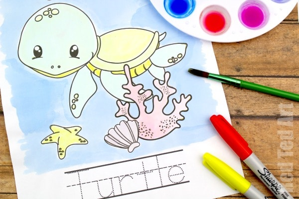 Ocean Watercolouring - Free Letter Tracing Sheets for Preschool and Kinder. A great Preschool Resource. Learn how to do sharpie watercolours #sharpies #lettertracing #printables #teachers