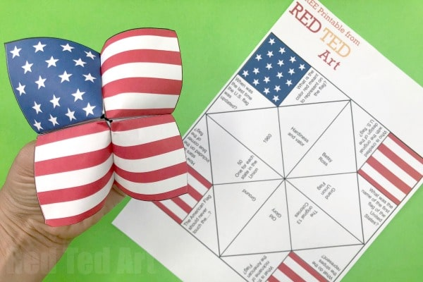 American Flag Cootie Catcher Printable - free American Flag Printable Quiz and Activity for kids on #FlagDay or #4thJuly #printable #cootiecatcher #fortuneteller #americanflag #flag