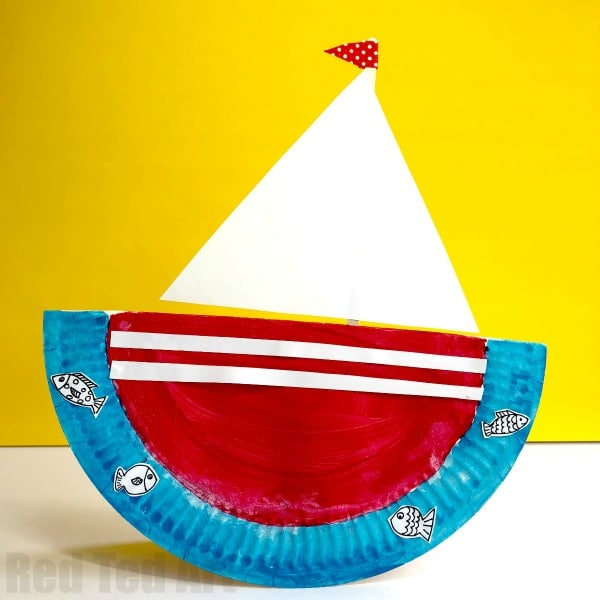 Rocking Paper Plate Boats. These Paper Plate Ships are quick and easy to make and great for group crafts! Learn how to make a rocking boat! #paperplates #preschool #2and3yrsolds #boats #ship #yacht