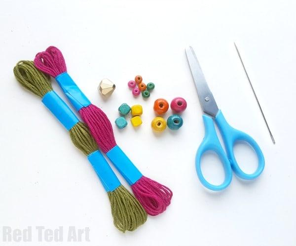 How to make a Bead Rakhi Bracelet with Kids. Easy Rakhi Bracelet. DIY Rakhi Bracelets. Beaded Rakhi Bracelets. Raksha Bandhan. #rakhi #bracelets #beads #rakshabandhan