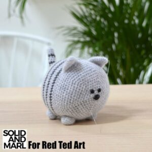 Tiny cat amigurumi, super easy and detailed animal toys, beginner ... | 300x300