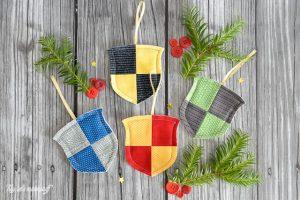 DIY Harry Potter Christmas Decorations. Amazing Harry Potter Crafts for Christmas. Great Harry Potter Ornaments and more! #harrypotter #Christmas