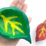 Easy Leaf Pinch Pots – Fall Craft for Preschool