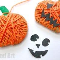 Reversible Yarn Wrapped Pumpkin Garland For Halloween & Thanksgiving