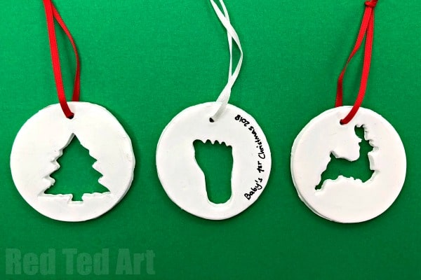 Easy Clay Ornaments - how to make Cookie Cutter Clay Ornaments with Air Drying Clay. Super fun and oh so cute. Great New Baby Keepsake Ornament too! #Ornaments #clay #Christmas