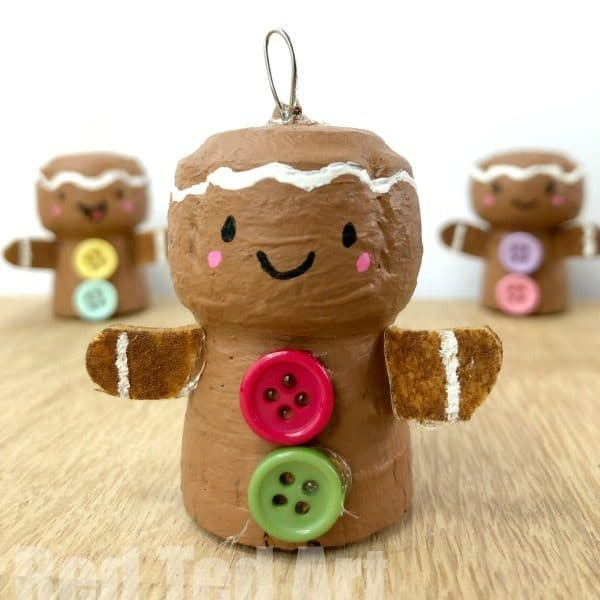 DIY Cork Ornaments for Christmas - How to make a Gingerbread Man Ornament! Cork Gingerbread Man DIY #gingerbreadman #corks #ornaments