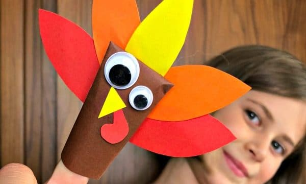 Paper turkey finger puppet