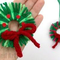 Easy Yarn Wreath Ornament