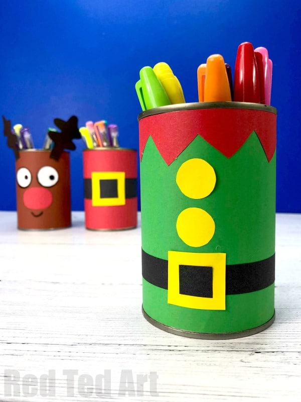 Easy DIY Elf Desk Tidy and Elf Pencil Pot. How to make a Christmas Desk Tidy from Tin Cans and Paper. Easy Elf Christmas Decor for kids
