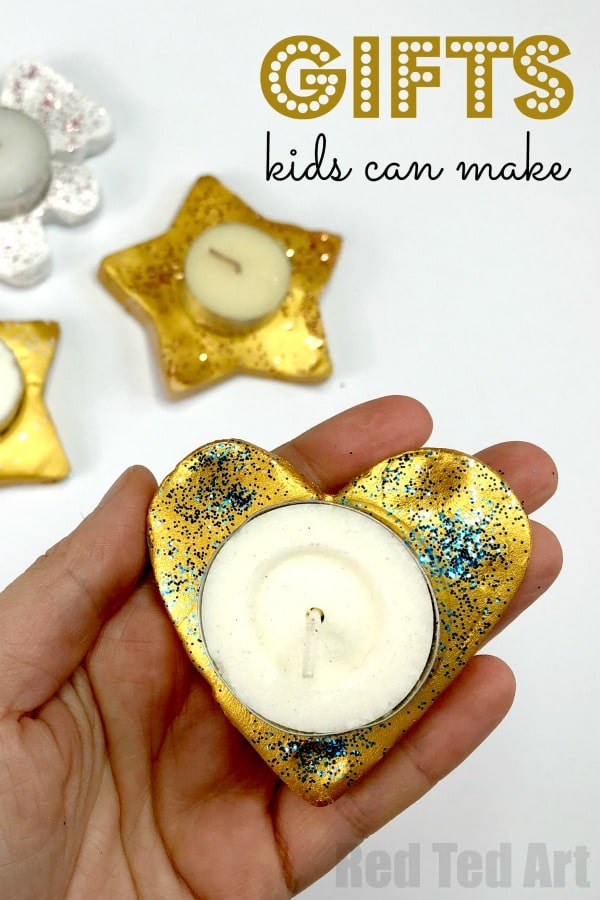 Have a go at these Clay Tea Lights this Christmas and make Christmas handmade and special. Christmas Gifts that Kids can make are wonderful keepsakes. #Christmas #gifts #tealights #clay #keepsakes