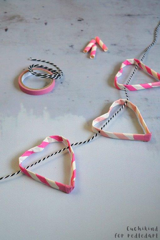 3 Fun Straw Crafts For Valentine S Day Red Ted Art