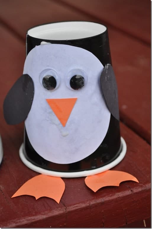 Easy paper cup penguin craft for young kids