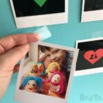 Photo Countdown Calendar with Scotch Wall-Safe Tape