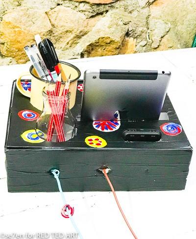 Positioning of wires in your DIY desk origaniser