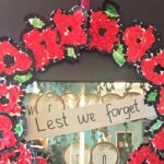 Easy Poppy Wreath for Remembrance Day