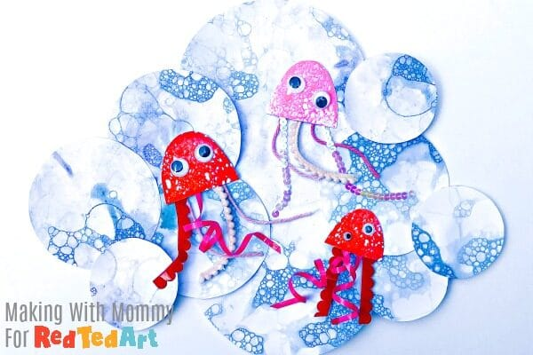 Jellyfish and oceans made from bubble print paper