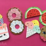 5 KAWAII BOOKMARKS YOU'LL WANT TO EAT