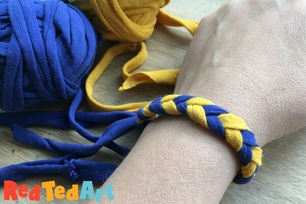 How to make a chevron braid with tshirt yarn