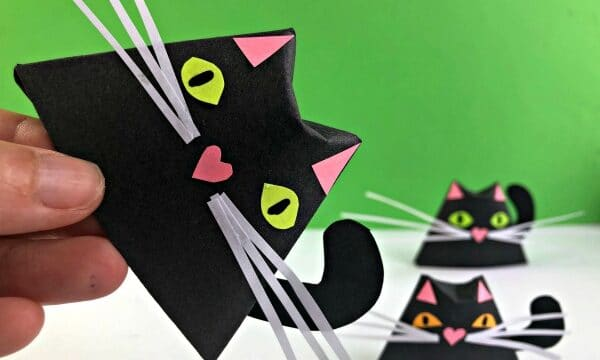 Easy paper black cat for halloween - fun 3d room decor design