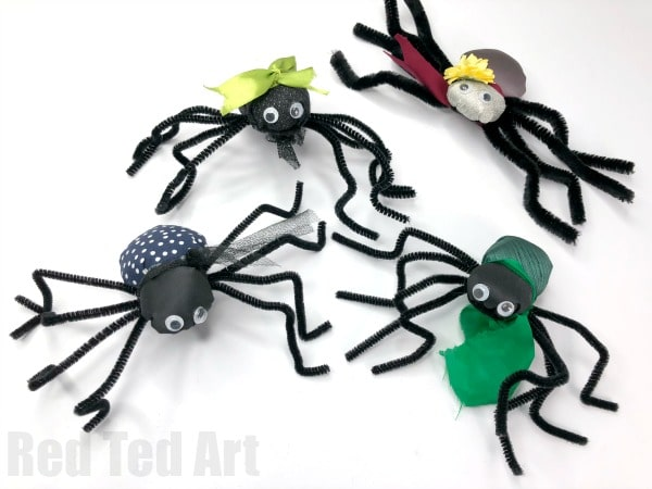 How to sew a spider. Easy Fabric Spider Pattern for beginners. Cute Spider Craft for halloween #halloween #sewing #spider
