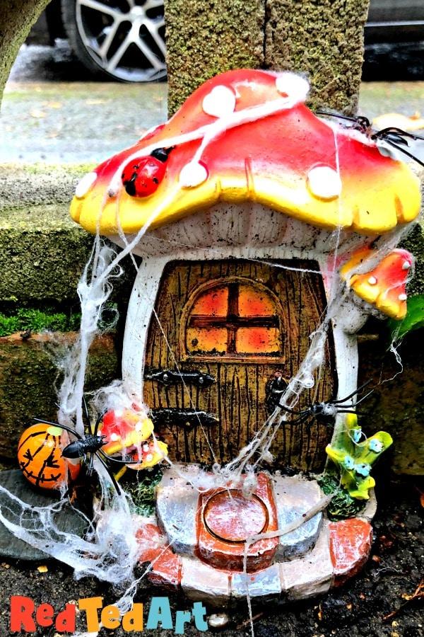 Decorating Fairy Doors for Halloween