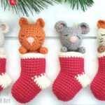 How to Crochet a Mini Stocking Advent Calendar