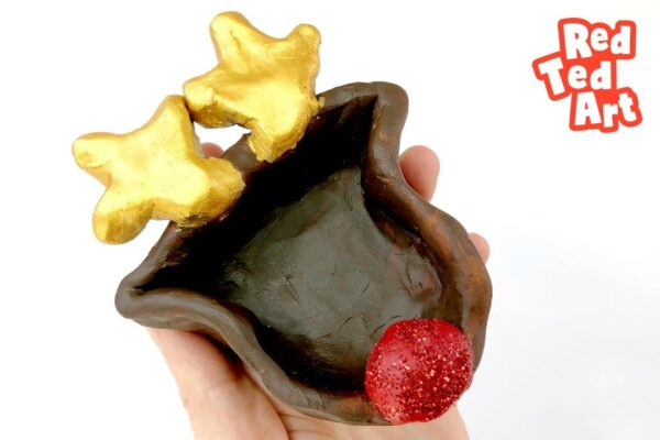 How to make Pinch Pots for Christmas - Reindeer!