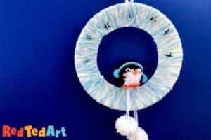 Penguin Pom Pom Wreath made with Paper Plates