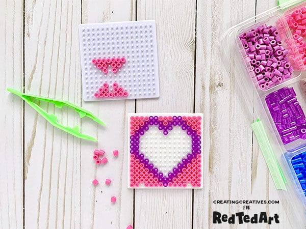 How to make a photo frame with perler beads